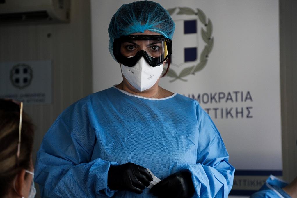 Καστοριά: Ενημέρωση από επαγγελματίες υγείας για τον κορονοϊό