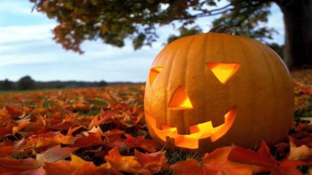 Χωρίς Halloween οι περιοχές της Αγγλίας που βρίσκονται στο υψηλότερο επίπεδο lockdown