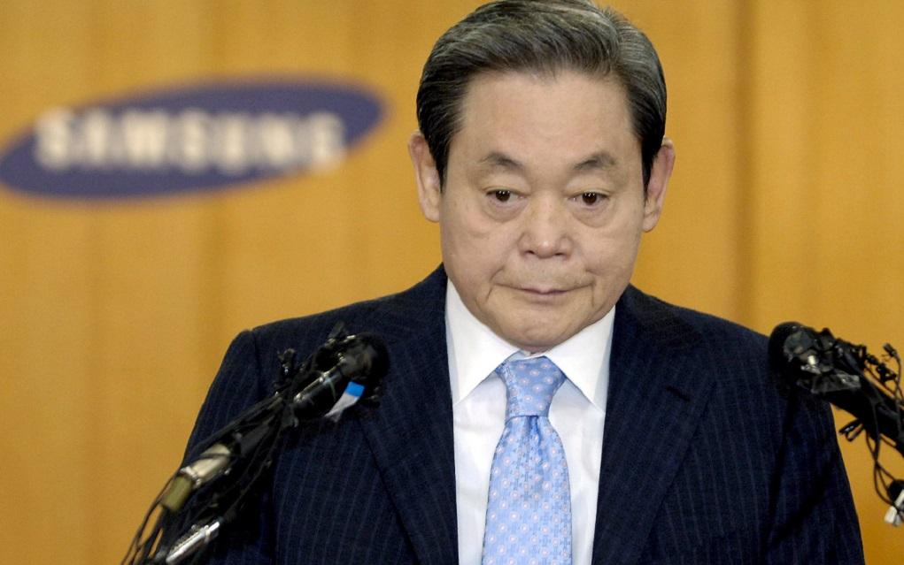 Aπεβίωσε ο πρόεδρος της Samsung Λι Κουν Χι