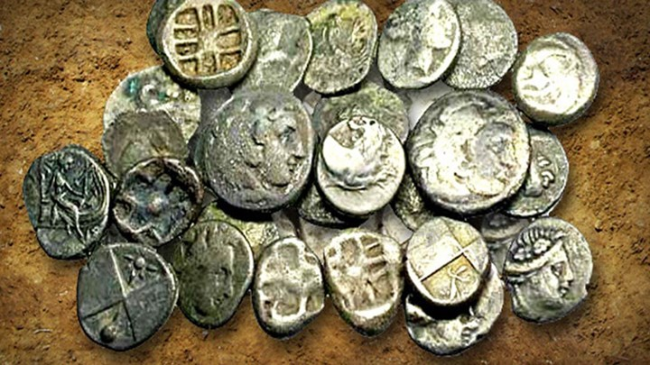 Πέντε άτομα συνελήφθησαν για αρχαιοκαπηλεία στην Πέλλα (video)