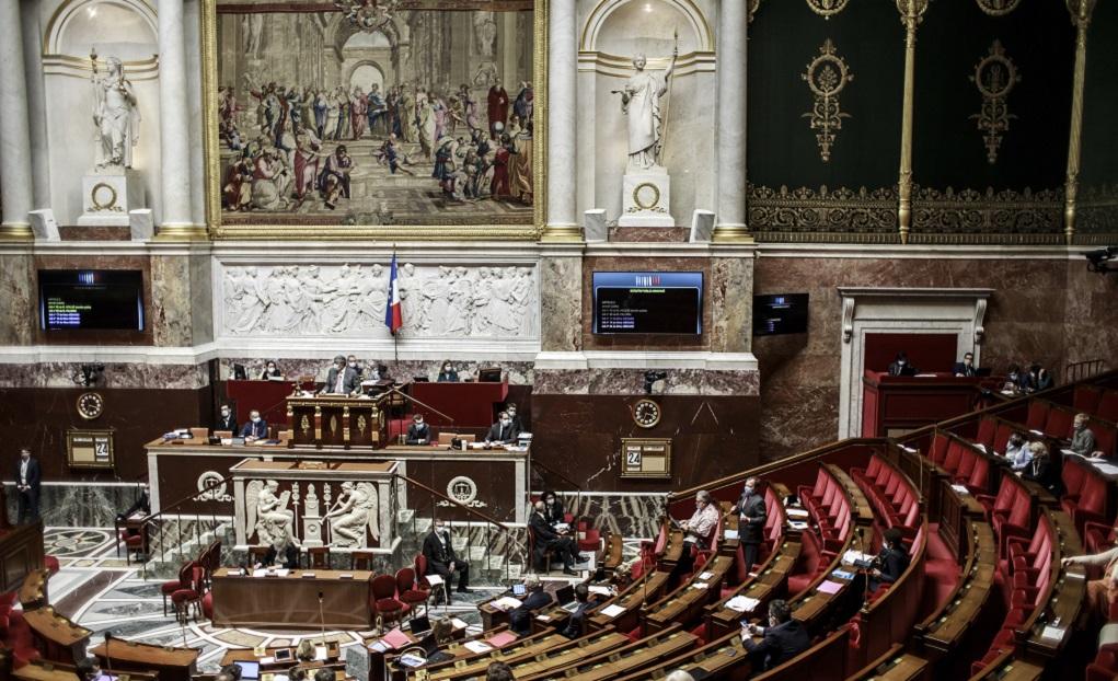 Παράταση της κατάστασης έκτακτης υγειονομικής ανάγκης στη Γαλλία έως 16 Φεβρουαρίου