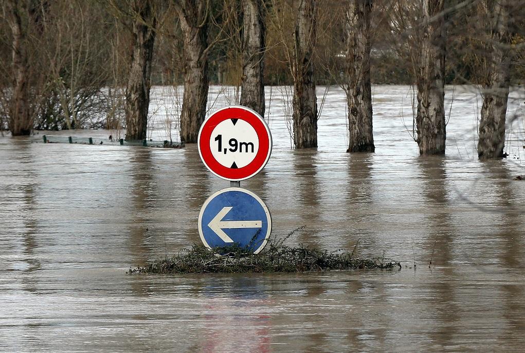 Γαλλία: Εννέα αγνοούμενοι μετά από καταρρακτώδεις βροχές