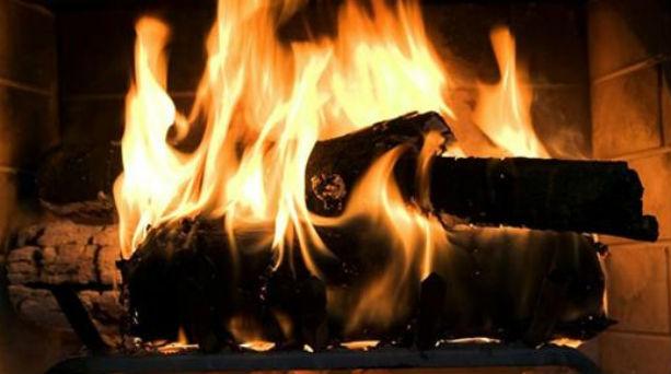 Η καύση των ξύλων επιδεινώνει τις συνέπειες του κορονοϊού (video)