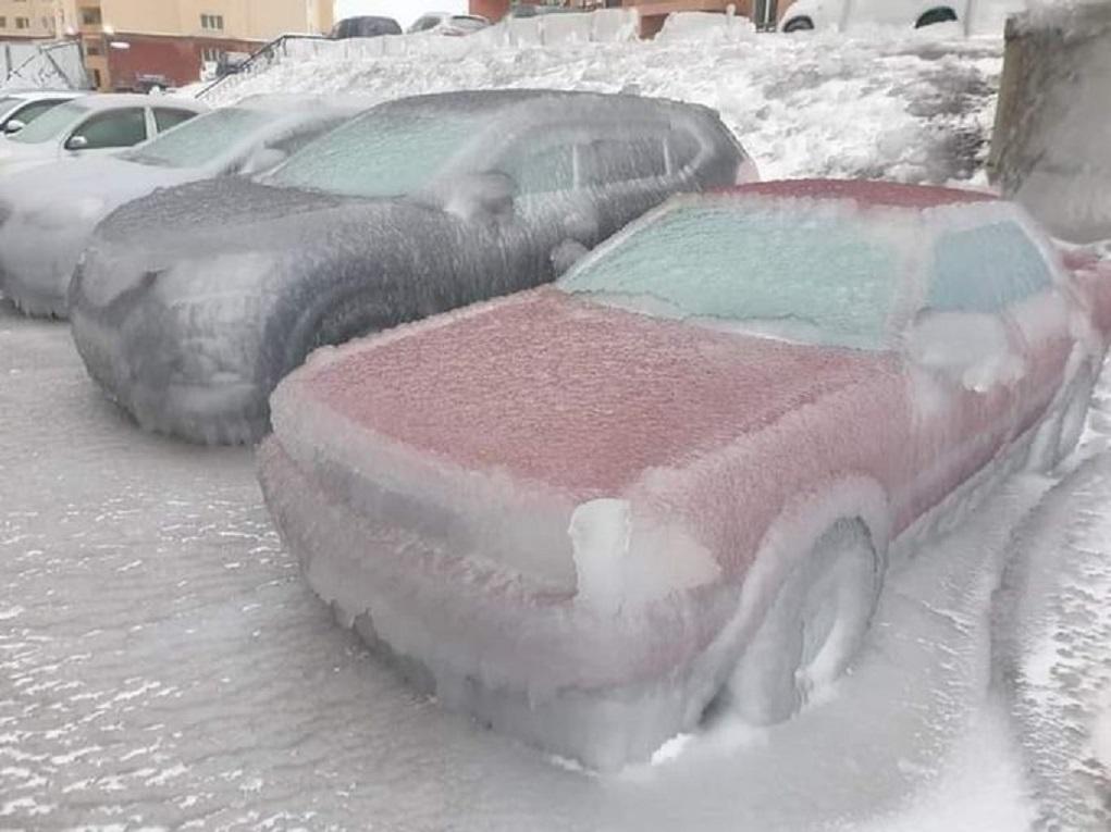 Πάγωσαν τα πάντα στο Βλαδιβοστόκ -Συνάντηση κυκλώνων προκάλεσε ψύξη