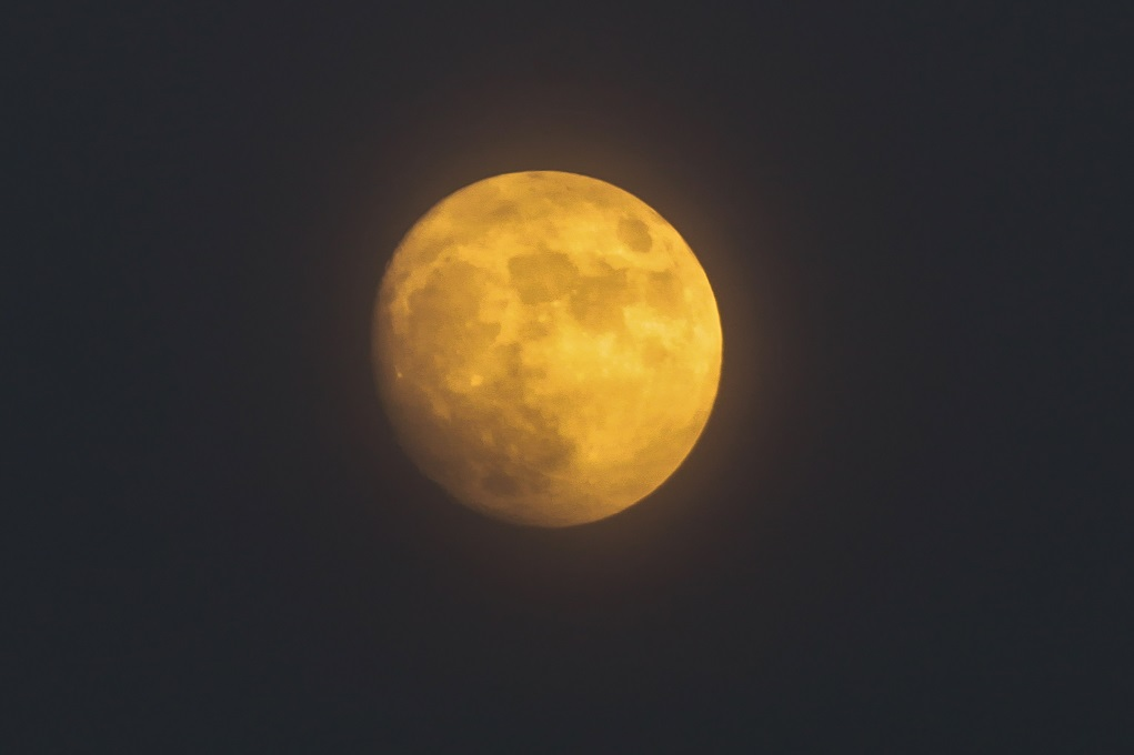 Πανσέληνος και τελευταία έκλειψη παρασκιάς Σελήνης για το 2020 τη Δευτέρα
