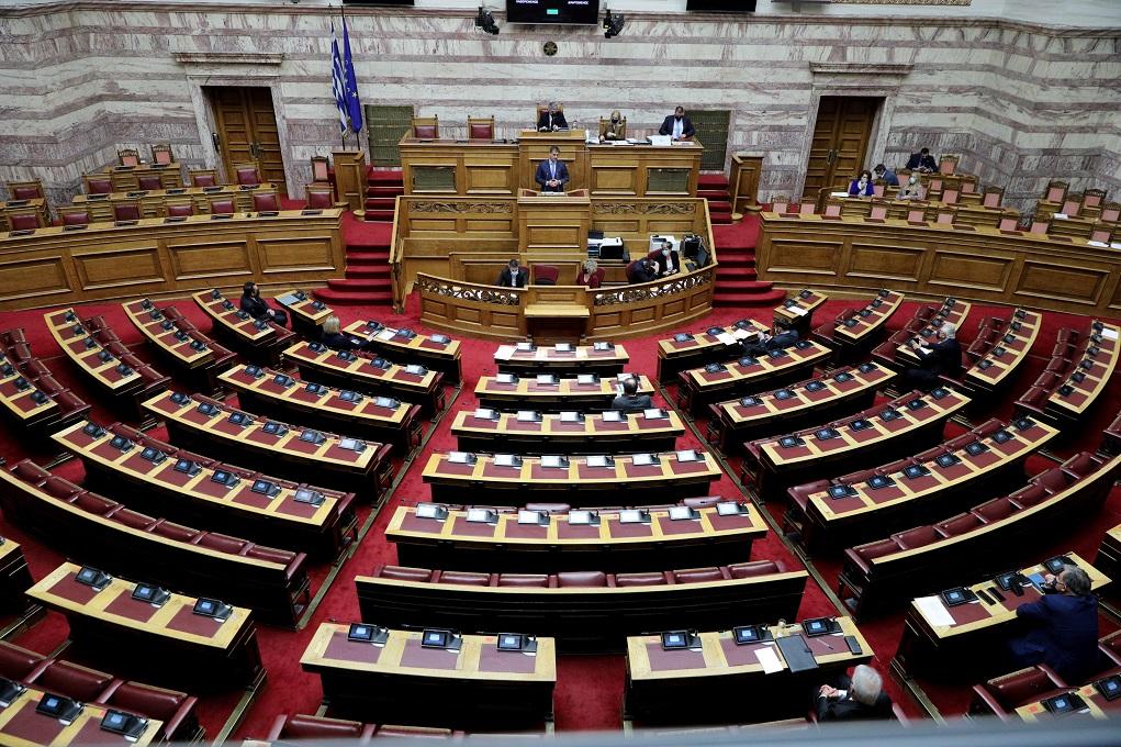 «Πυρά» της αντιπολίτευσης για τις δηλώσεις Γεραπετρίτη και την κατάσταση στο σύστημα υγείας