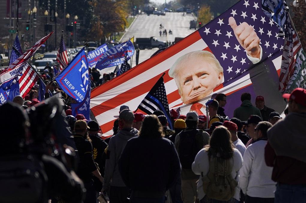 Ανάλυση: Ο αποκλεισμός του Τραμπ από τα κοινωνικά δίκτυα και η ελευθερία του λόγου