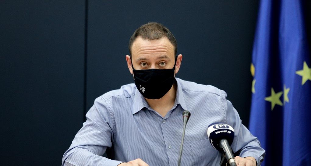 Μαγιορκίνης: Ο ιός χρησιμοποιεί σαν όχημα τη δομή της ελληνικής οικογένειας