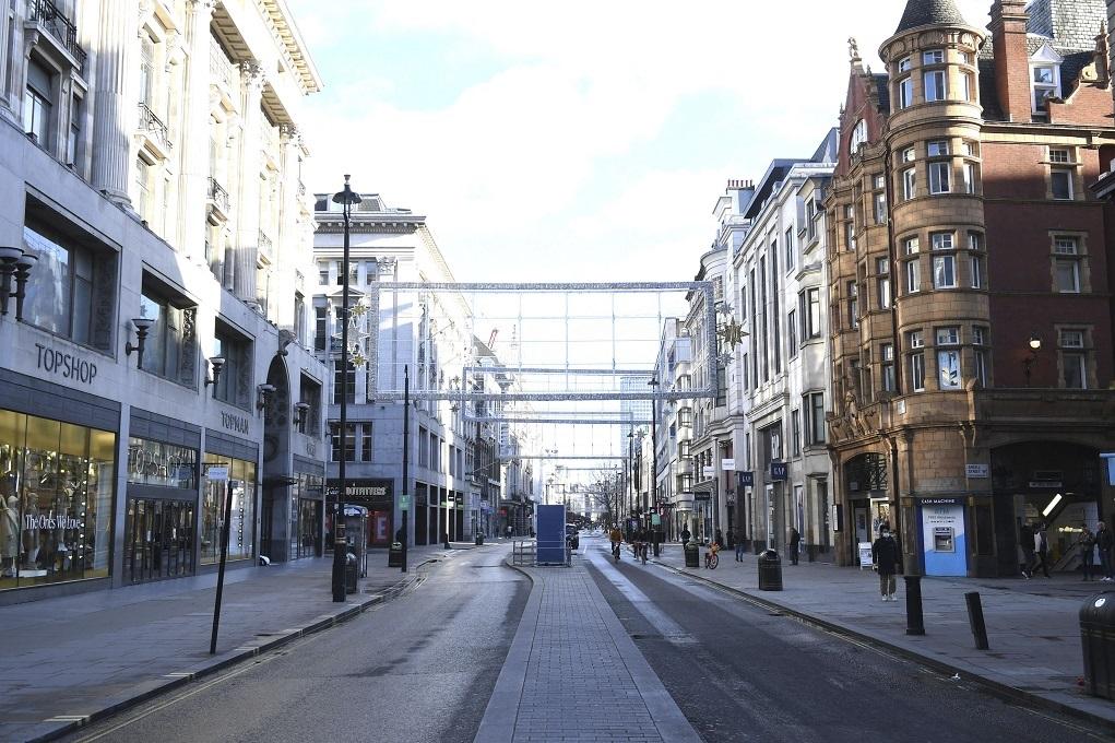 Η μετάλλαξη του κορονοϊού ανησυχεί σφόδρα το Ηνωμένο Βασίλειο