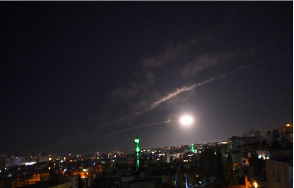 Συρία: Ισραηλινά αεροσκάφη έπληξαν θέσεις κοντά στη Δαμασκό