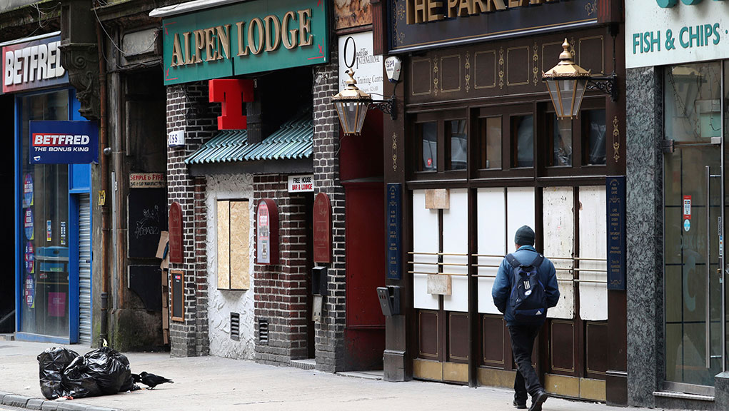 Βρετανία: Lockdown τουλάχιστον έως το καθολικό Πάσχα