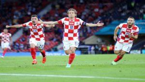 Σόου Μόντριτς και πρόκριση της Κροατίας στους «16»