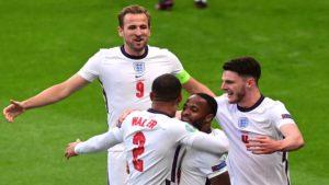 Στο ρελαντί η Αγγλία νίκη και πρωτιά στον όμιλο