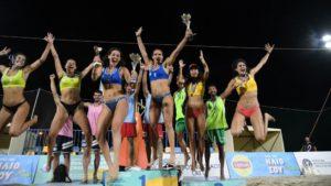 Μπιτς βόλεϊ: Πρωταθλητές Ελλάδας οι Αρβανίτη, Καραγκούνη και οι Μανδηλάρης, Κανέλλος